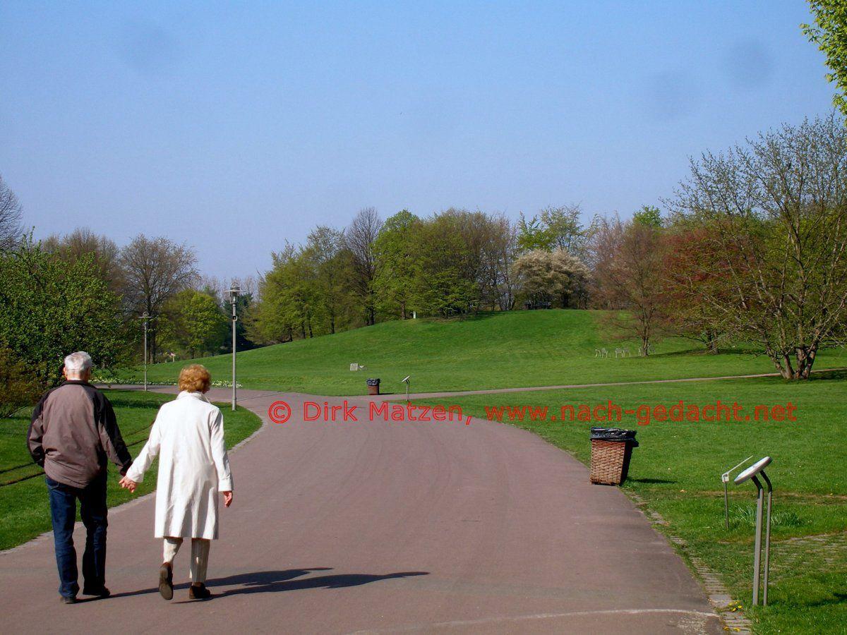 Berlin der britzer garten das geländer der bundesgartenschau buga